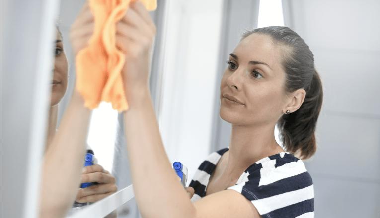 como-fazer-limpeza-de-espelho